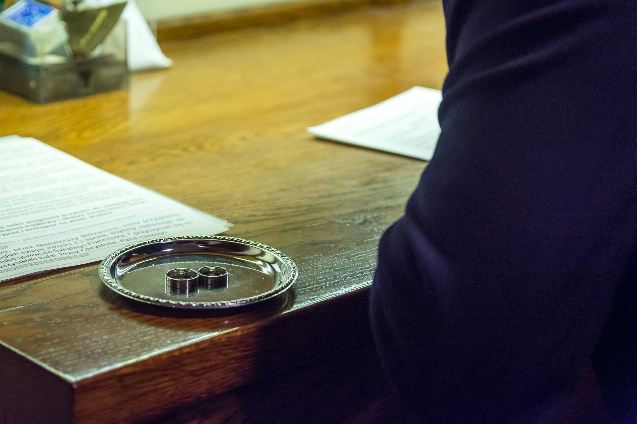 Podpisanie dokumentow - slub Szczecin